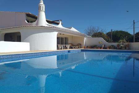 Moradia, Lagoa e Carvoeiro, Lagoa (Algarve)